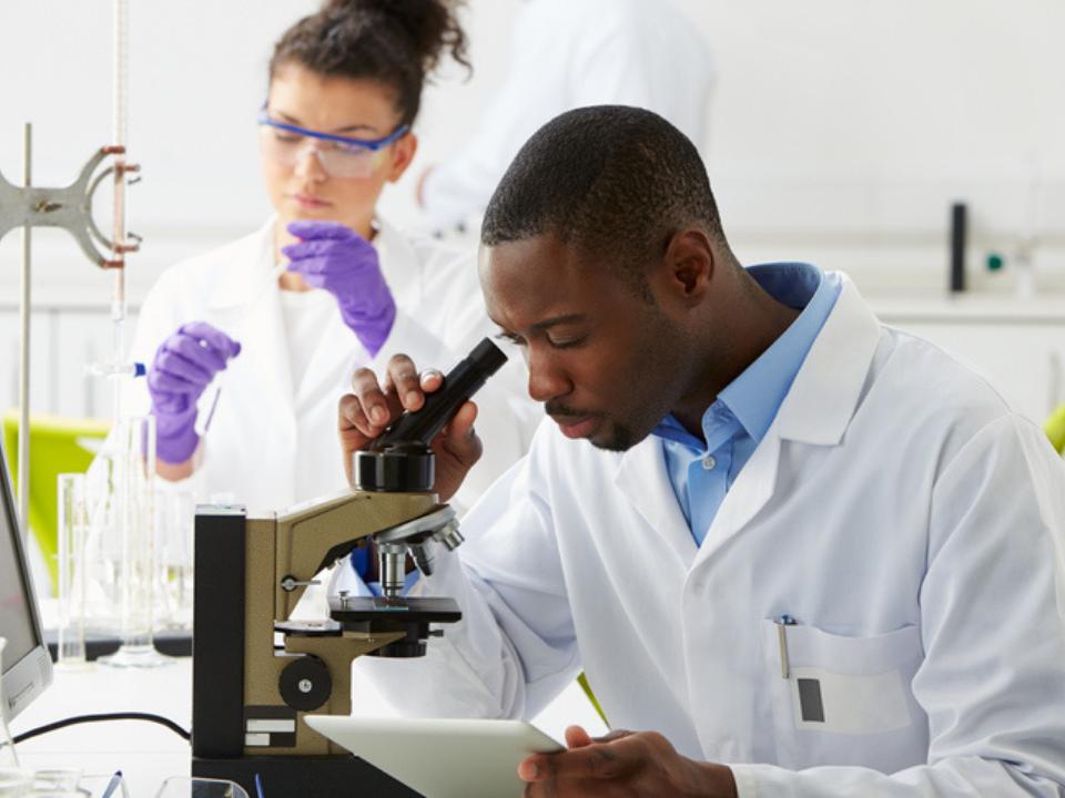 Microflow LC-MS / MS está preparado para transformar o campo da proteômica?